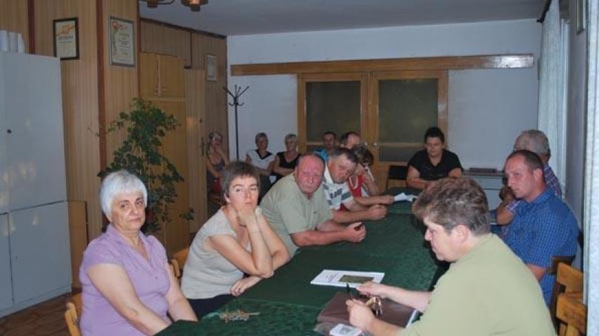 Zebranie wiejskie w Chwałszycach